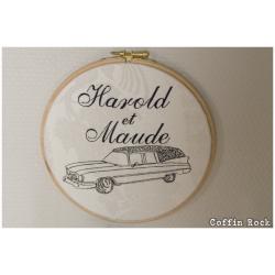 Cadre brodé Harold et Maude