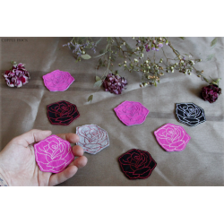 Rose sauvage - broches, couleurs au choix