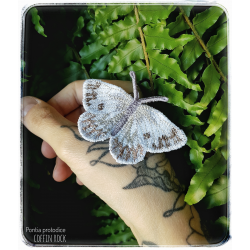 Checkered White brooch