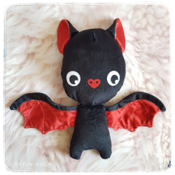 Batty - bat plushy