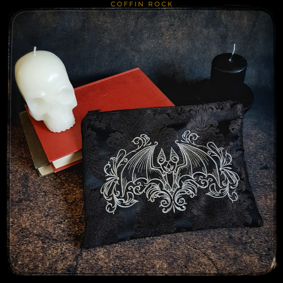 Baroque Clutch bag