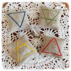 EAU-TERRE-AIR-FEU - lot de 4 amulettes