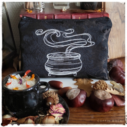 Cauldron Clutch bag