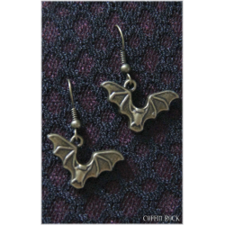 Vampyr earrings