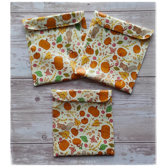 Flowers waterproof pouch for pads