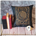coussin the moon